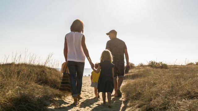 Famille Dunes Mas Larrieu Argeles Sur Mer©laurent Lacombe